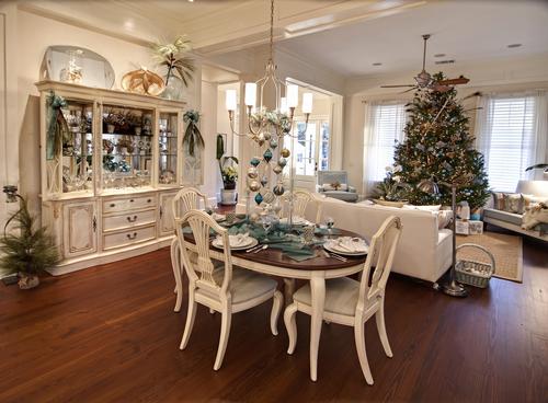 Intérieur de maison décorée pour Noel