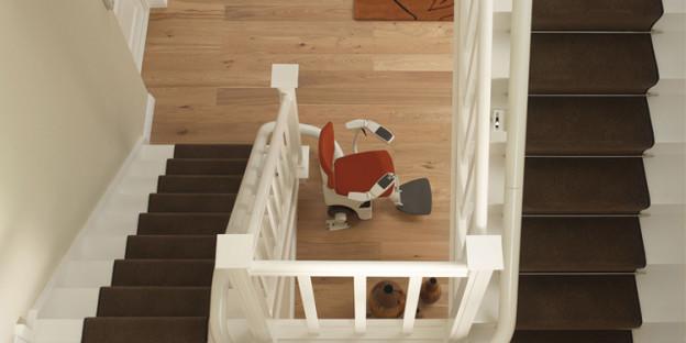 tout savoir sur un monte escalier de maisons. Black Bedroom Furniture Sets. Home Design Ideas